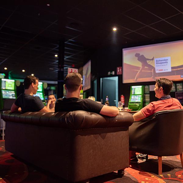 Salón de Juegos Pause%Play