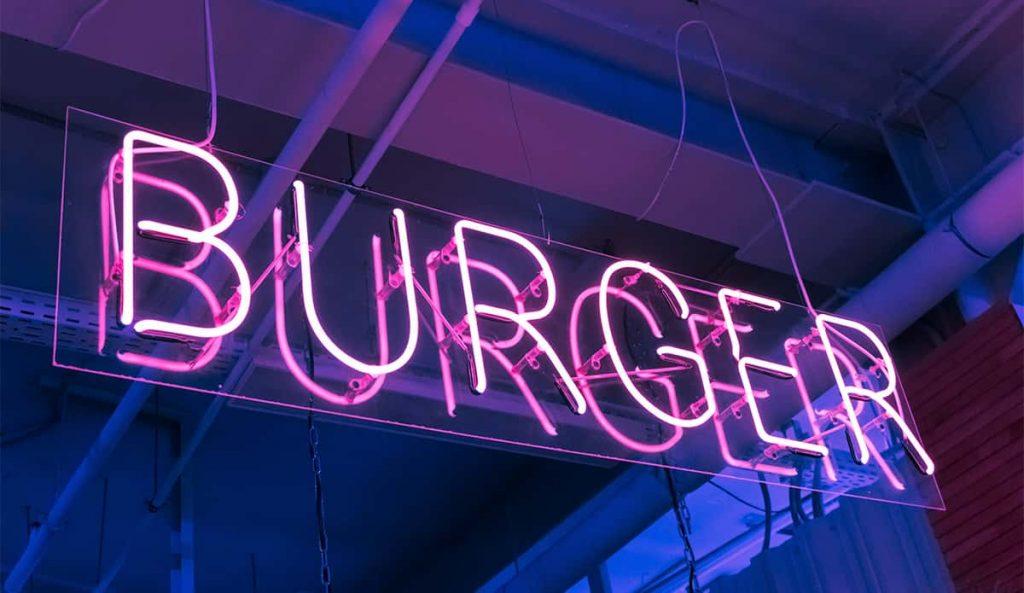 Neón de una hamburguesería
