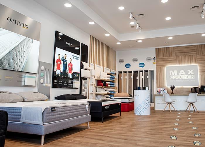 Interior tienda MaxColchon Alcalá de Henares